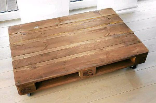 How to build sofa from pallets: small sofa, step 4