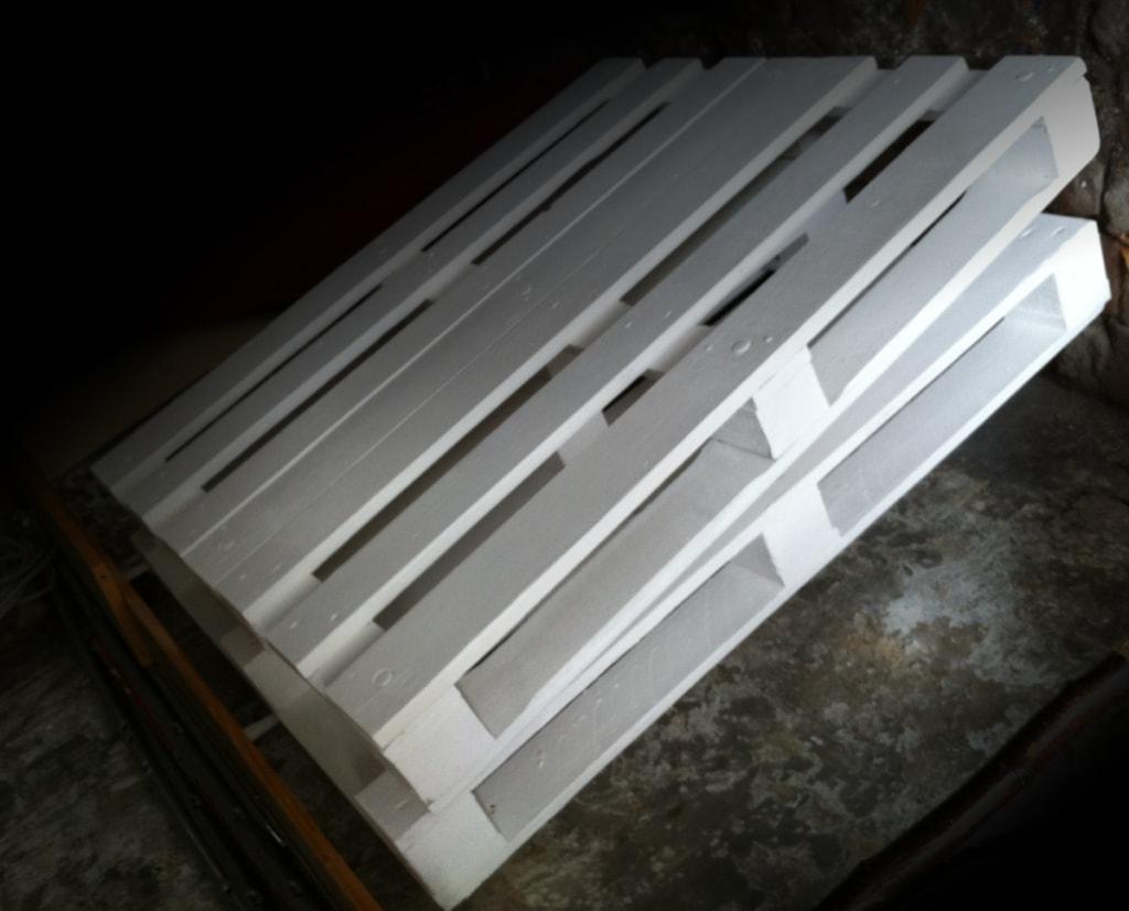Corner sofa DIY assembling: step 1, preparing of the materials