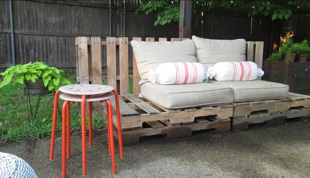 Simply designed sitting area of untreated pallets