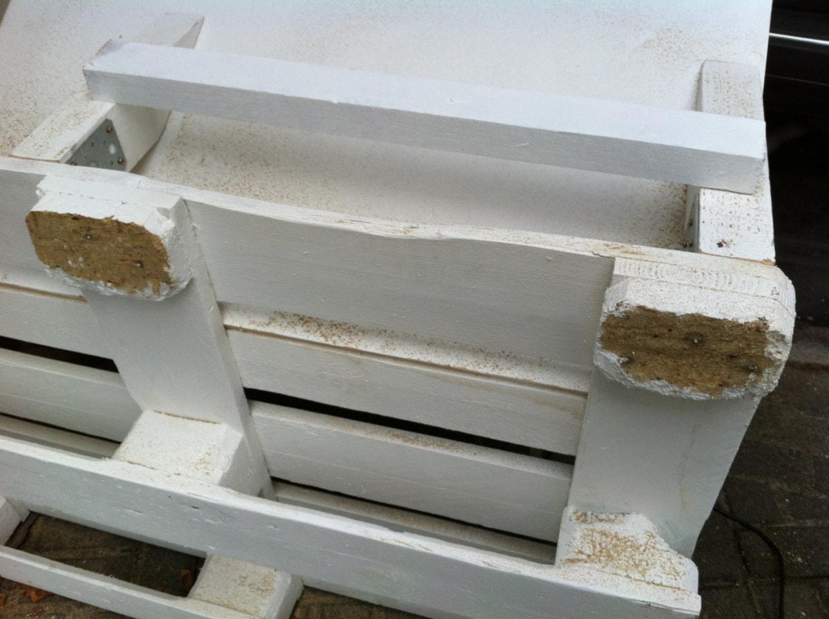 Corner sofa DIY assembling: step 1, sawing