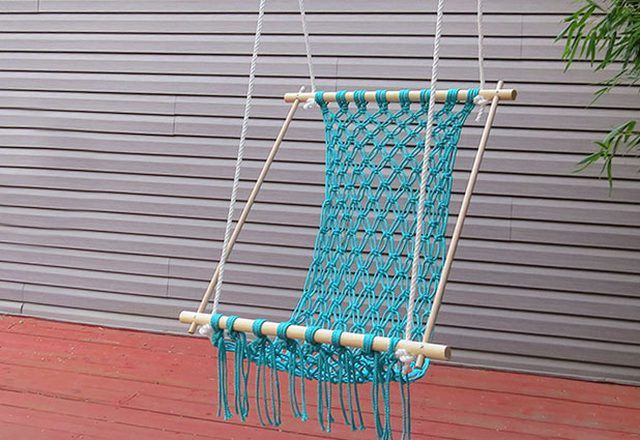 DIY Hammock: Instruction on How to Make your Home Comfortable. Turquoise wicker hammock