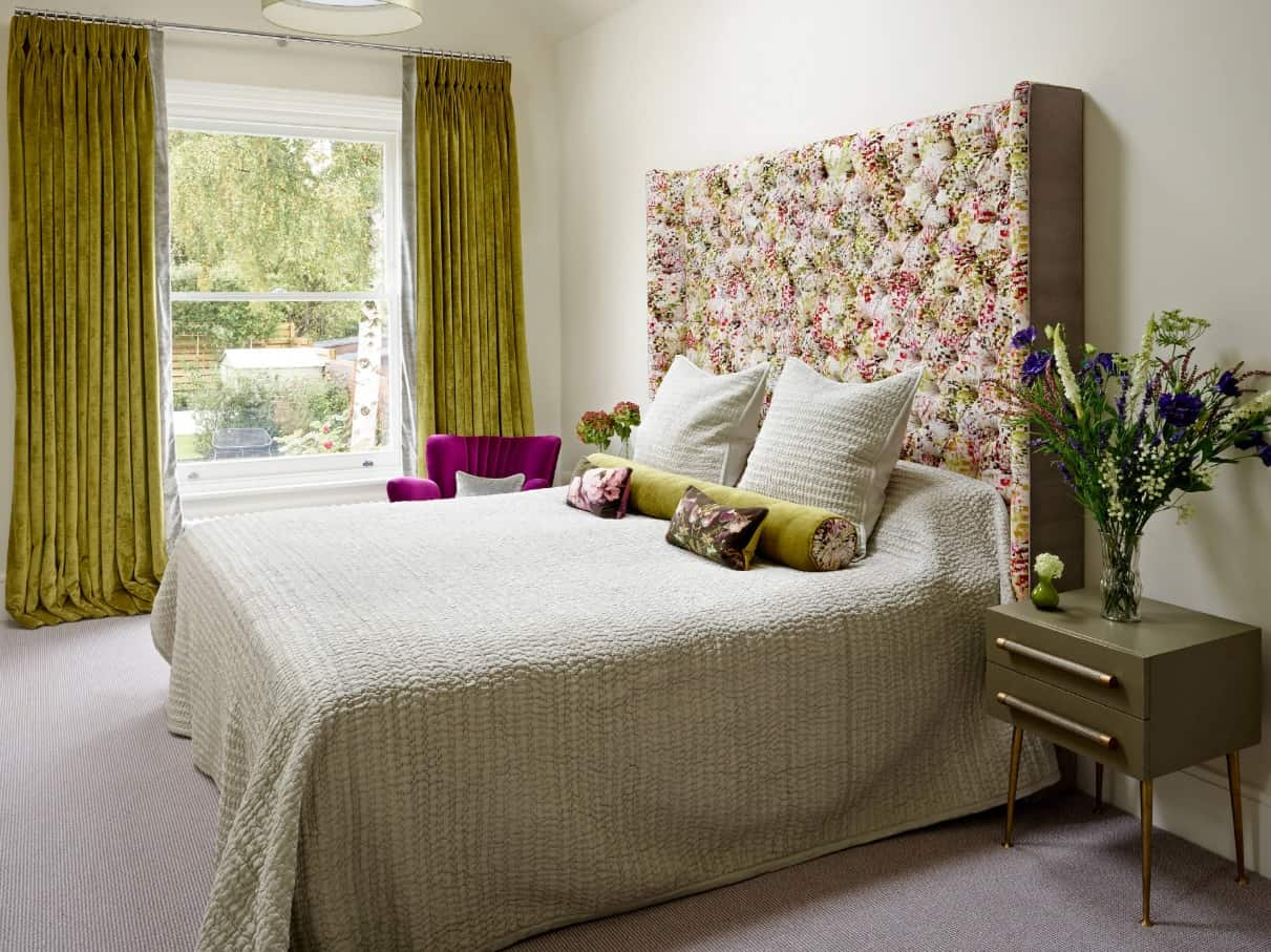 How to Make the Most of Small Space. Colorful decoration of Contemporary bedroom with green curtains