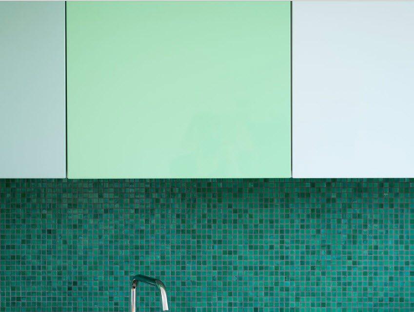 Shallow turquoise mosaic for the splashback