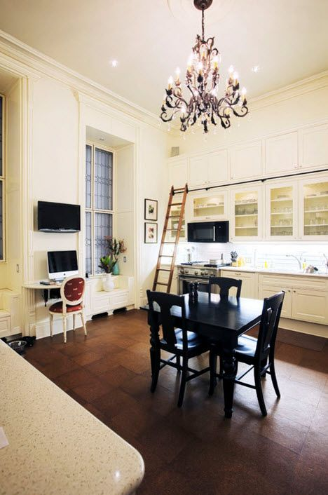Cork Flooring Ideas for the Stylish Interiors: Kitchen, Bedroom, Living. Gorgeous creamy painted walls and black dining group in the center