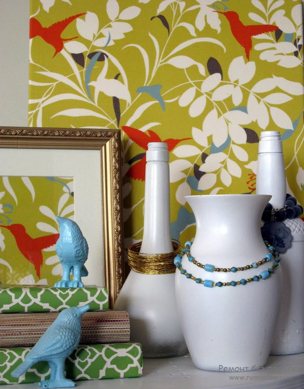 Vases in the Interior: Original Ideas on Decorating your Home. Vases at the cupboard