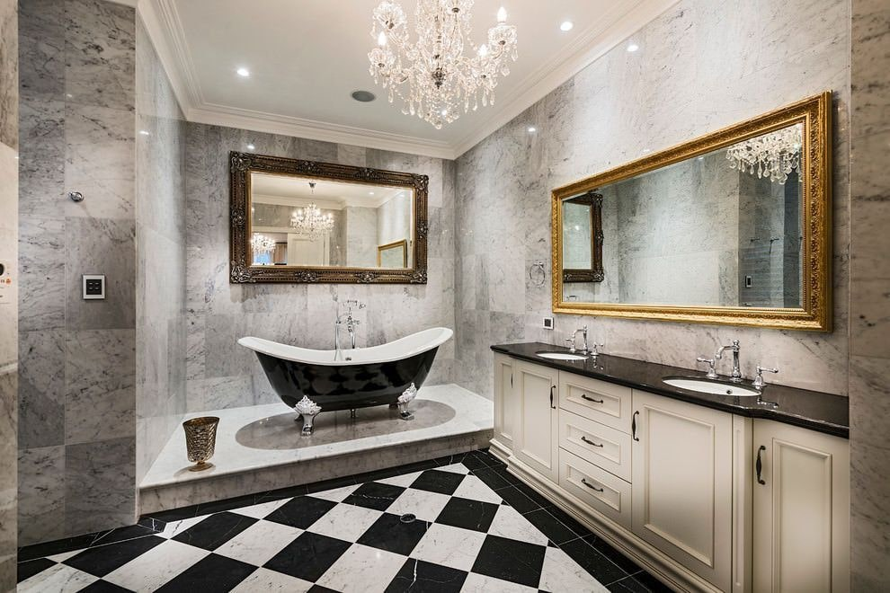 Checkered floor and stage for the glossy black Classic bathtub for chic large bathroom