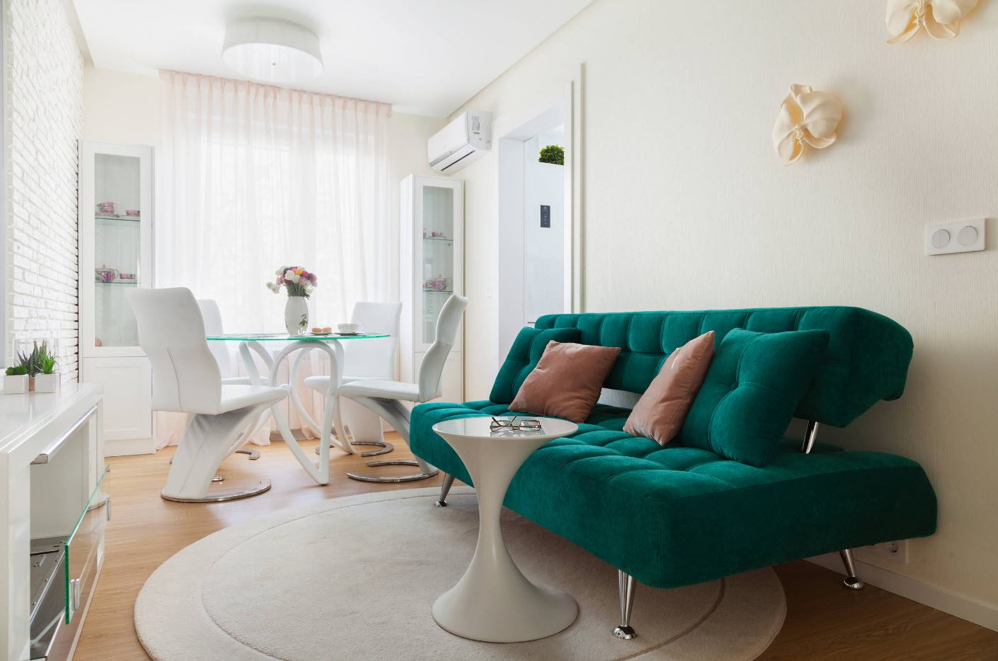 White Living Room: Different Style Interiors with Photos. Green colored sofa and glass table