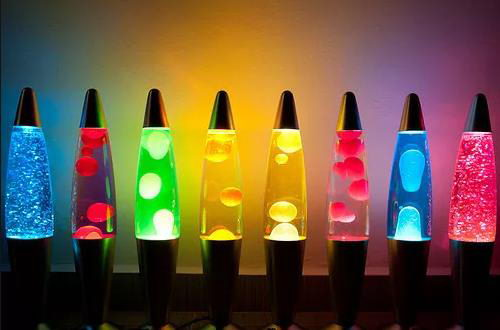 Reincarnation of Unrepeatable: 70s-80s Interior Design in Modern Interiors. Lava-lamps