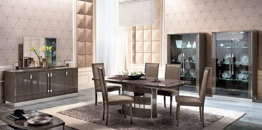 Soft wall panels of creamy color for the large dining in 80s interior design