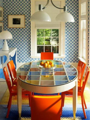 Reincarnation of Unrepeatable: 70s-80s Interior Design in Modern Interiors. Orange in dining room design
