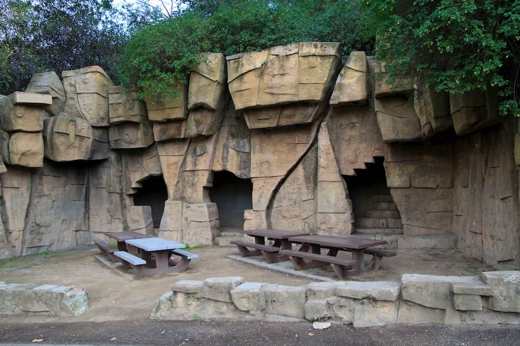 Best Los Angeles Picnic Spots. Old Zoo, Griffith Park