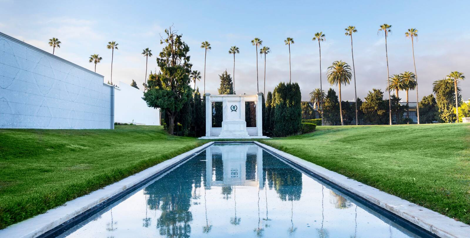 Best Los Angeles Picnic Spots. Hollywood Forever Cemetery