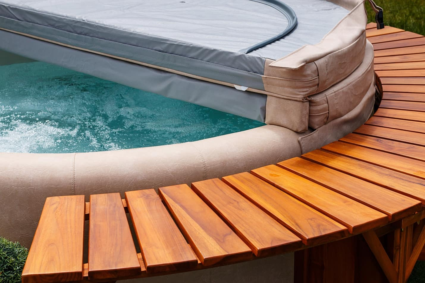 Swimming Pool Covers: 8 Smart Reasons to Cover Your Pool