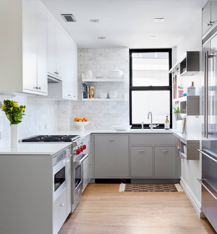 Kitchen Remodel: 3 Tips To Get More Space. Gray and white casual style