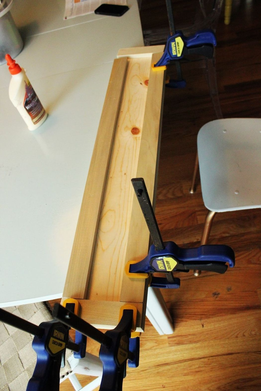 DIY Loft Style Interior Elements to Set Unrepeatable Atmosphere at Home. Gluing the boards together