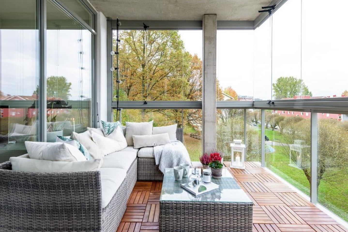 Large Balcony Design Ideas: Modern Trends in Furniture and Decoration