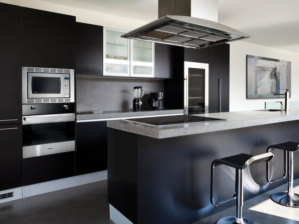 Yet another successful decoration of modern black kitchen