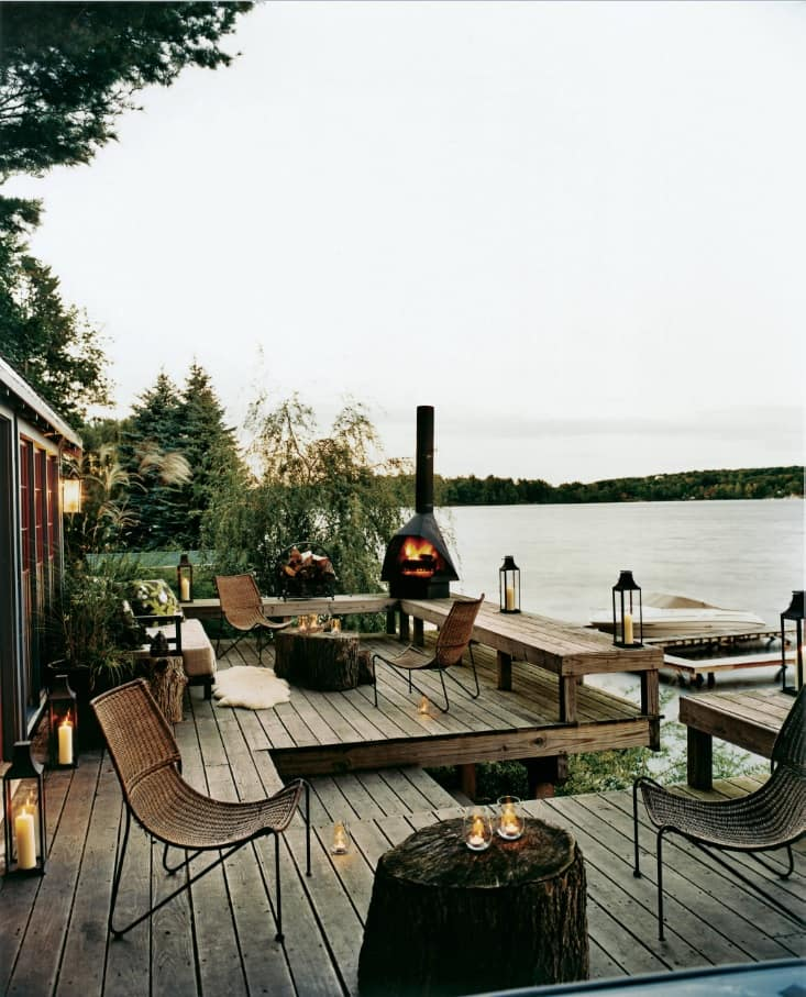 5 Unique Deck Ideas to Make the Most of Your Small Yard. Barbecue zone at the lake-side backyard