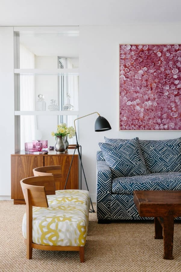 Overview of 10+ Biggest Home Design Trends in 2019 so Far. Combination of patterns in the living room
