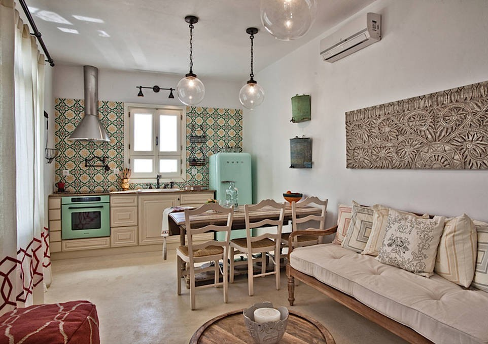 Classic styled kitchen with ethnic motiffs