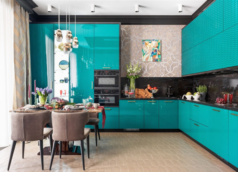 Fusion Style Kitchen Interior Design: Features and Arrangement Ideas. Stunning azure colored furniture set and brown dining group