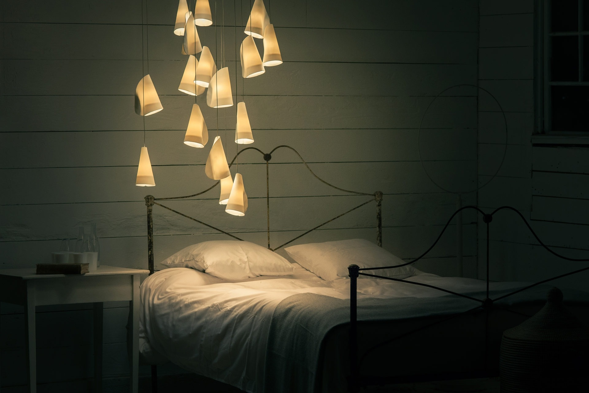 Night Lamps at the Bedroom: Necessary Lighting Fixtures. Myriad of small fixtures