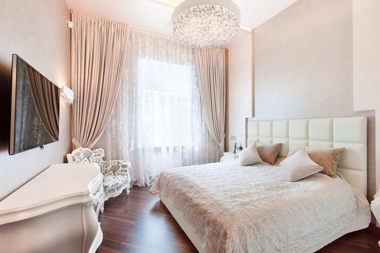 Cozy Feminine Bedroom Ideas for Relaxation and Boosting Your Energy. Nude colors in the interior