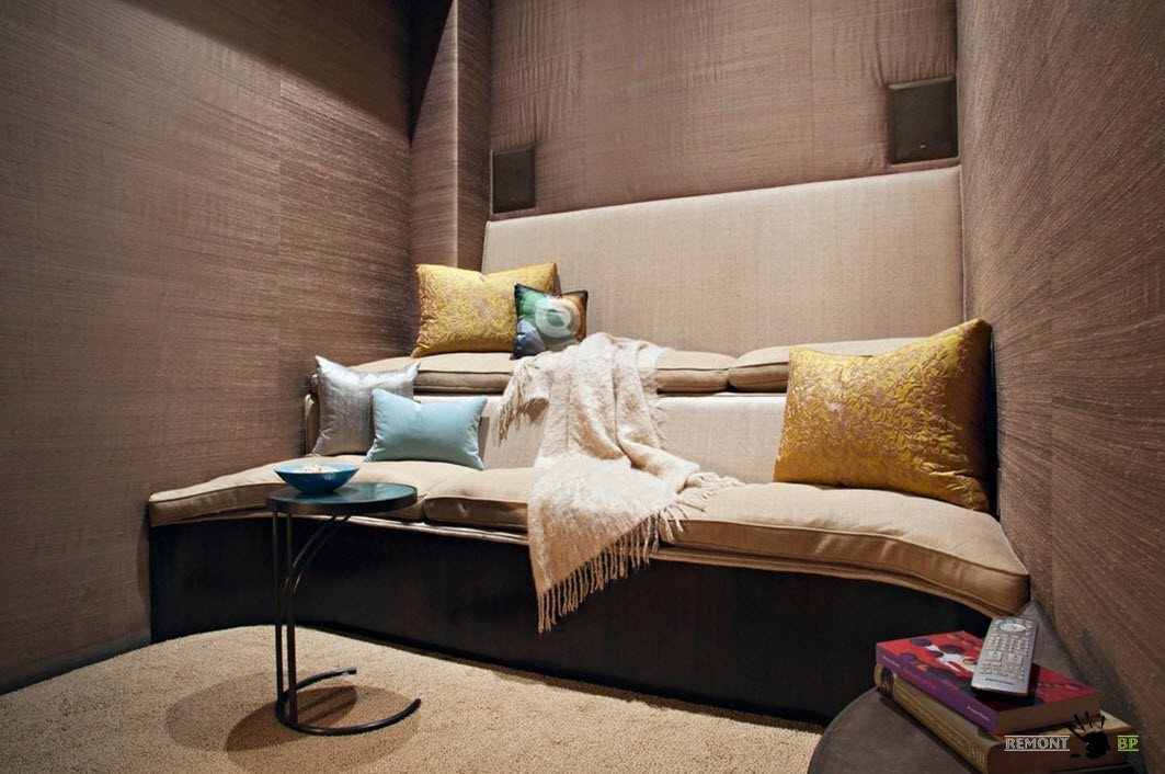 All the Effective Design Options to Apply in Modern Tiny Living. Yellow cishions on large sofa and textured wallapaper to decorate tiny zone