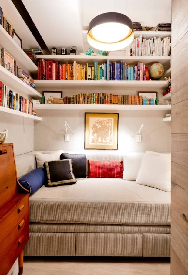 Simple Ways to Make Your Home for Winter. Cozy reading nook with a sleeper