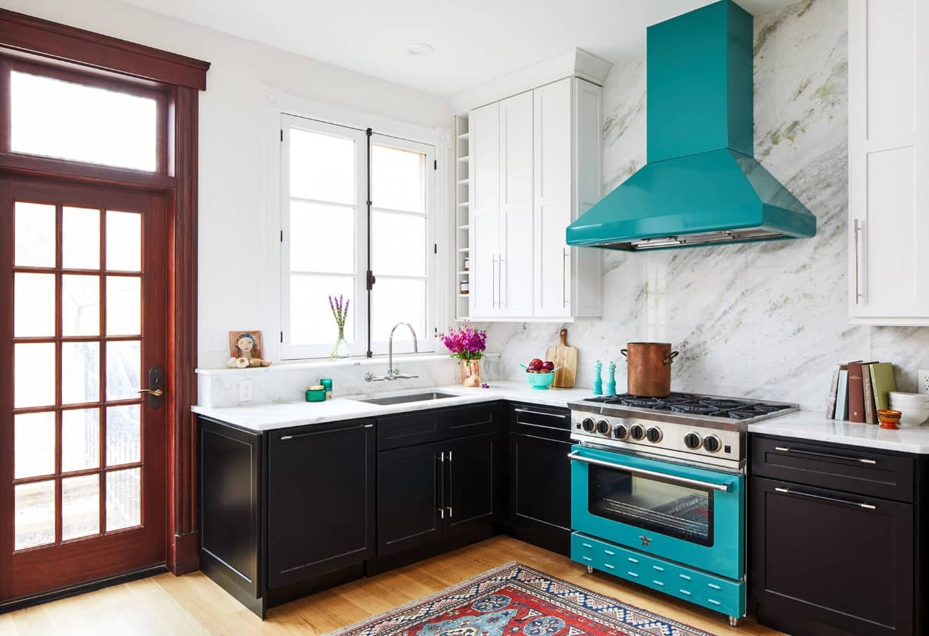 Enhance Home Interior with Stylish Appliances Without Breaking Bank. Great idea of turquoise colored interior items