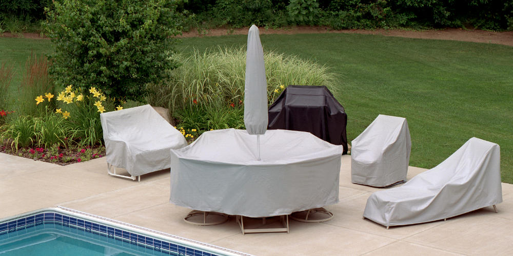 Different Types of Patio Furniture Covers and How to Take Care of Them. Covered outdoor furniture at the pool