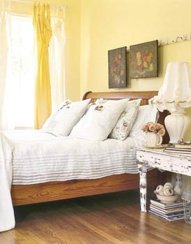 Feng Shui Bedroom Interior Design Ideas for any Kind of Room. Calming interior of the casual styled room with wooden frame bed