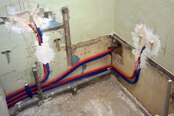 Bathroom Plumbing: Schemes of Installation, Advice. High consumption of pipes and fittings