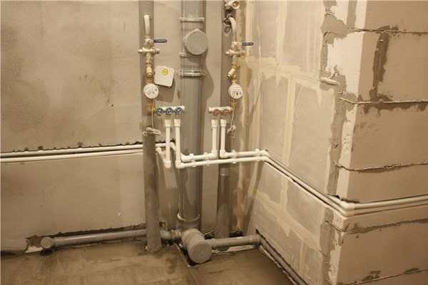 Bathroom Plumbing: Schemes of Installation, Advice. Simple and inexpensive type of construction