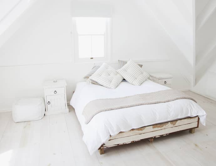 Feng Shui Interior Design and Decoration Philosophy. White ethnic bedroom
