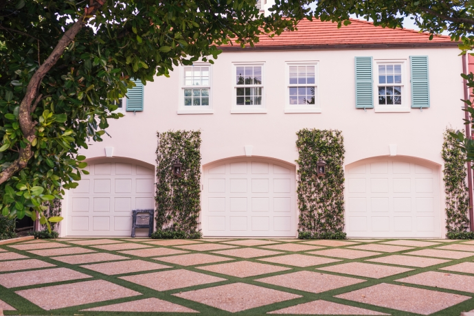 Building a Garage From the Ground-up: Step by Step Guide. Mediterranean villa with three garages