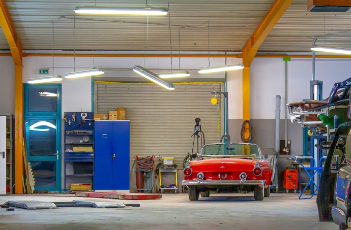 Building a Garage From the Ground-up: Step by Step Guide. Retro car