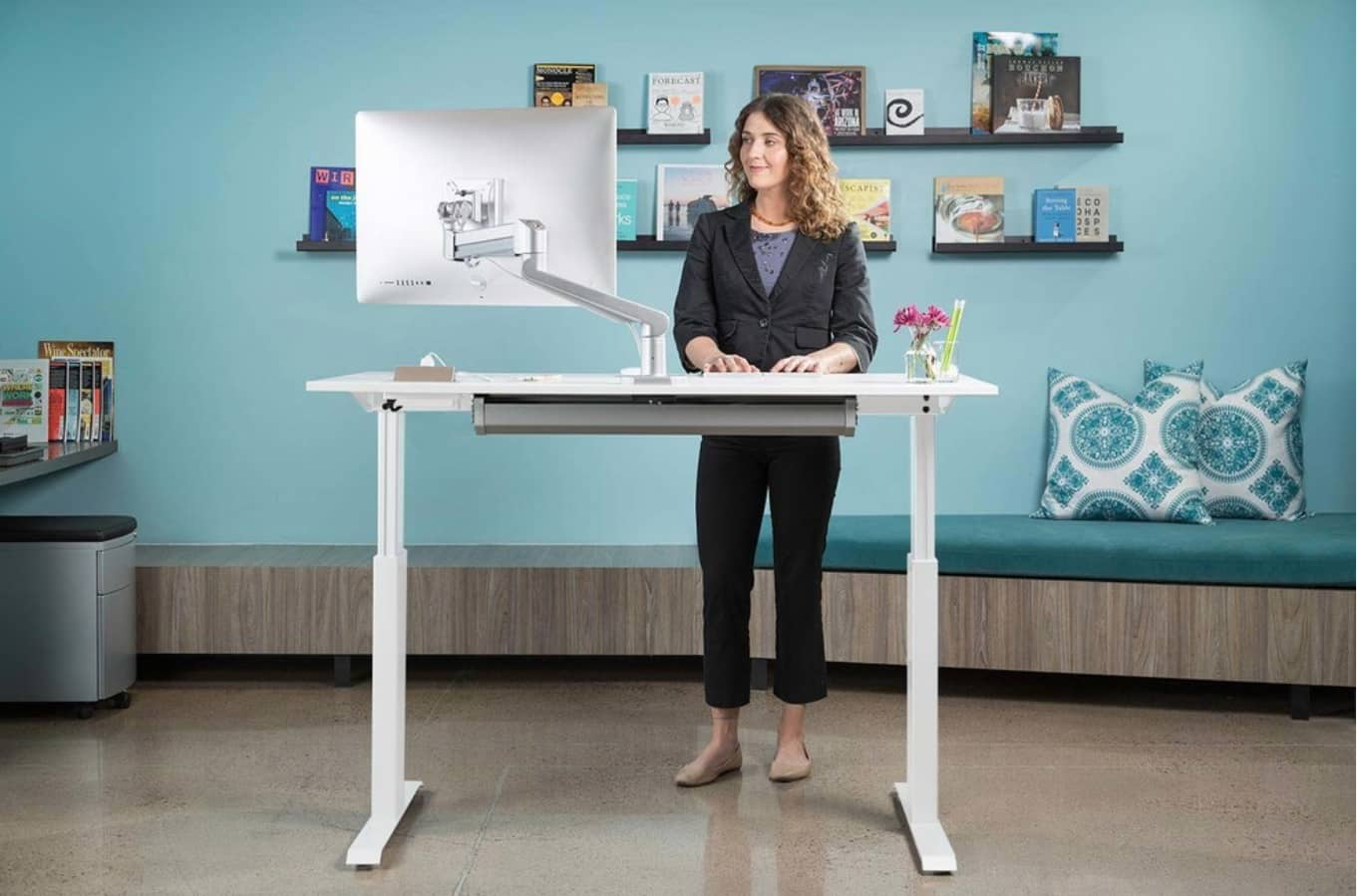 Adjustable Desk to Make Your Home Office more Universal. Great white model for combined work