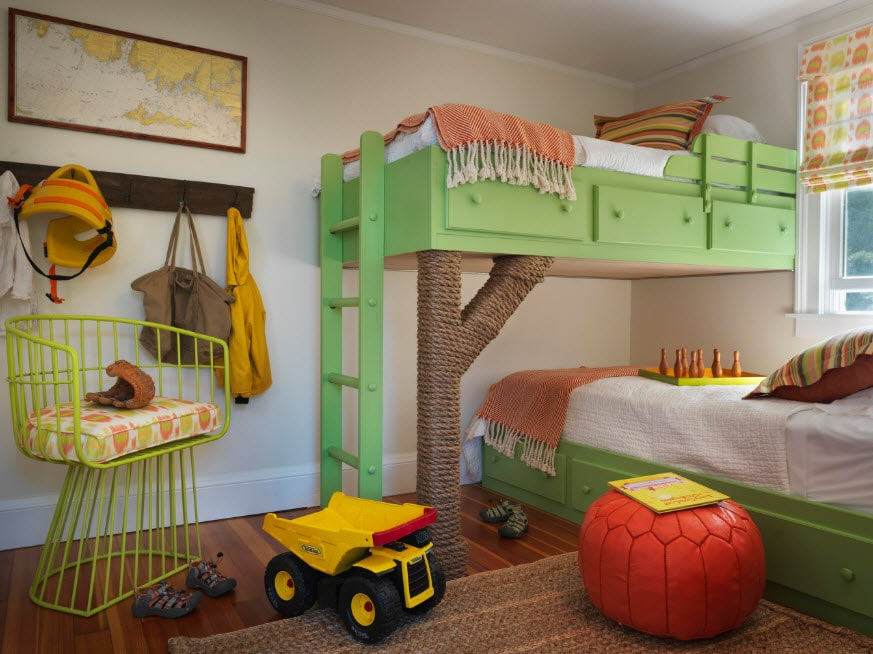 Green framed bunk bed in the form of tree