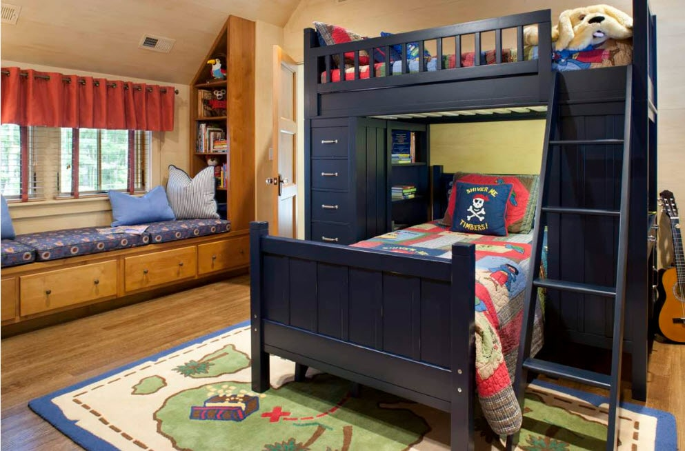 Accent black bunk bed with perpendicular berth location