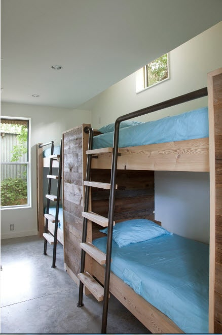 Bunk Bed as an Option to Enhance the Interior Functionality. Great idea of creating multiple sleeping places with simple construction