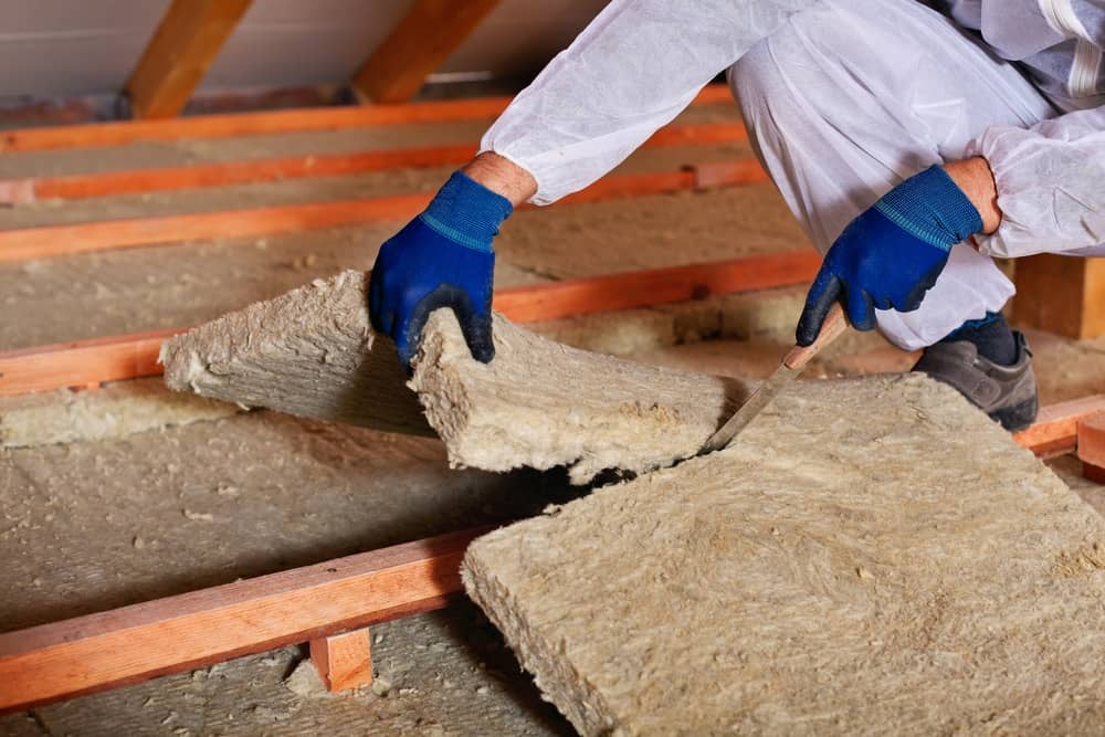 6 Insulation Safety Tips For Handling Fiberglass. Protective measures when applying fiberglass rolls