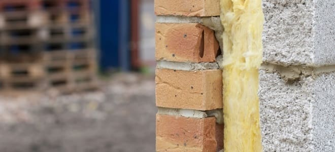 6 Insulation Safety Tips For Handling Fiberglass. The layer of fiberglass insulation