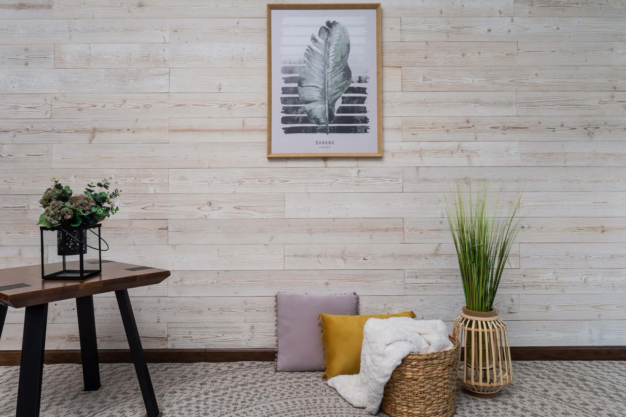 Reclaimed Wood Panels: An Eco-Friendly Way to Enhance Your Home Decor. Minimalsitic modern living room interior with small dark table