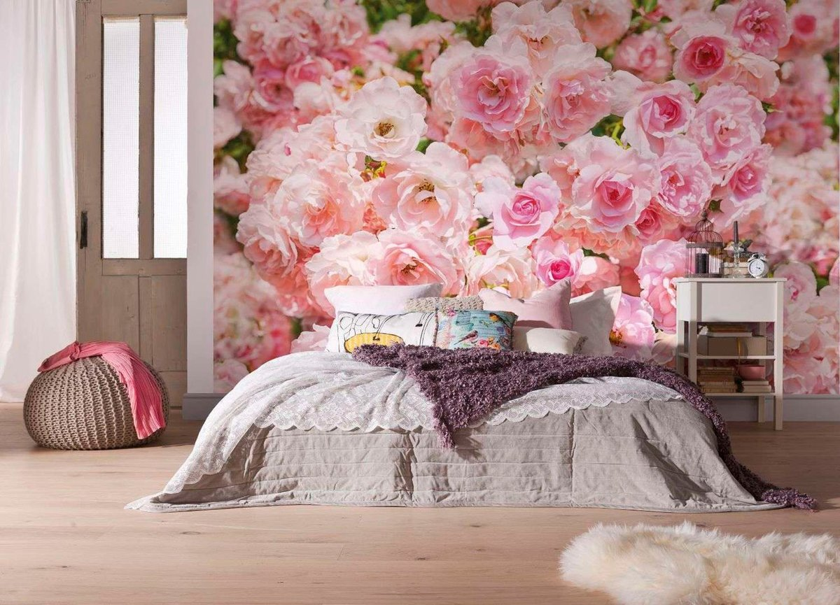 Bedroom Interior Design Ideas, Trends and Solutions 2020. Floor decorated headboard wall