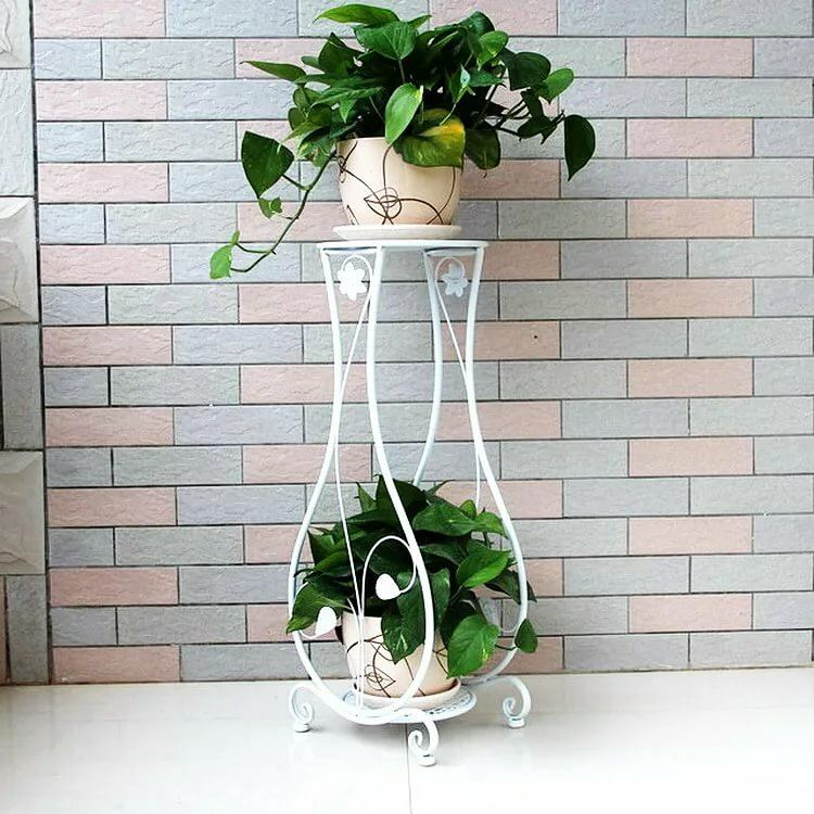 Flower Stands as Interior Complement: Fresh Ideas for Different Designs. White painted frame
