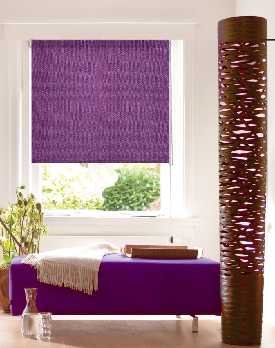 Active purple accents for oriental styled room
