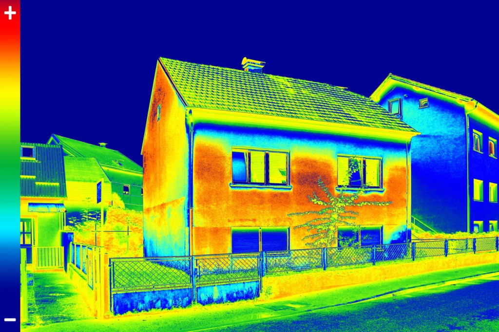 Thermal scanning of the energy effitient house