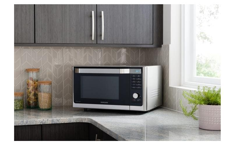 Caring about Health: Easy Ways to Humidify Your Home. Microwave in the kitchen