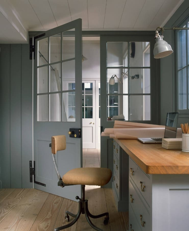 What to Look for While Buying Internal Doors. Unusual gray tone for the Classic interior with sash window doors